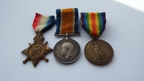 1914 Star Trio to 2 Lieut W H Dryden RGA