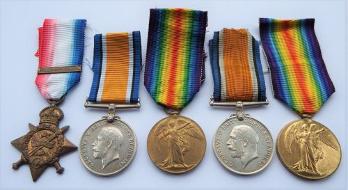 Brothers casualty group / 1914 Star Bar Trio 1st Wilts Regt / Pair 23rd Lon