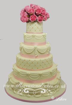 six tire sugar work wedding cake