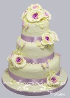 lilac roses and butterflys wedding cake