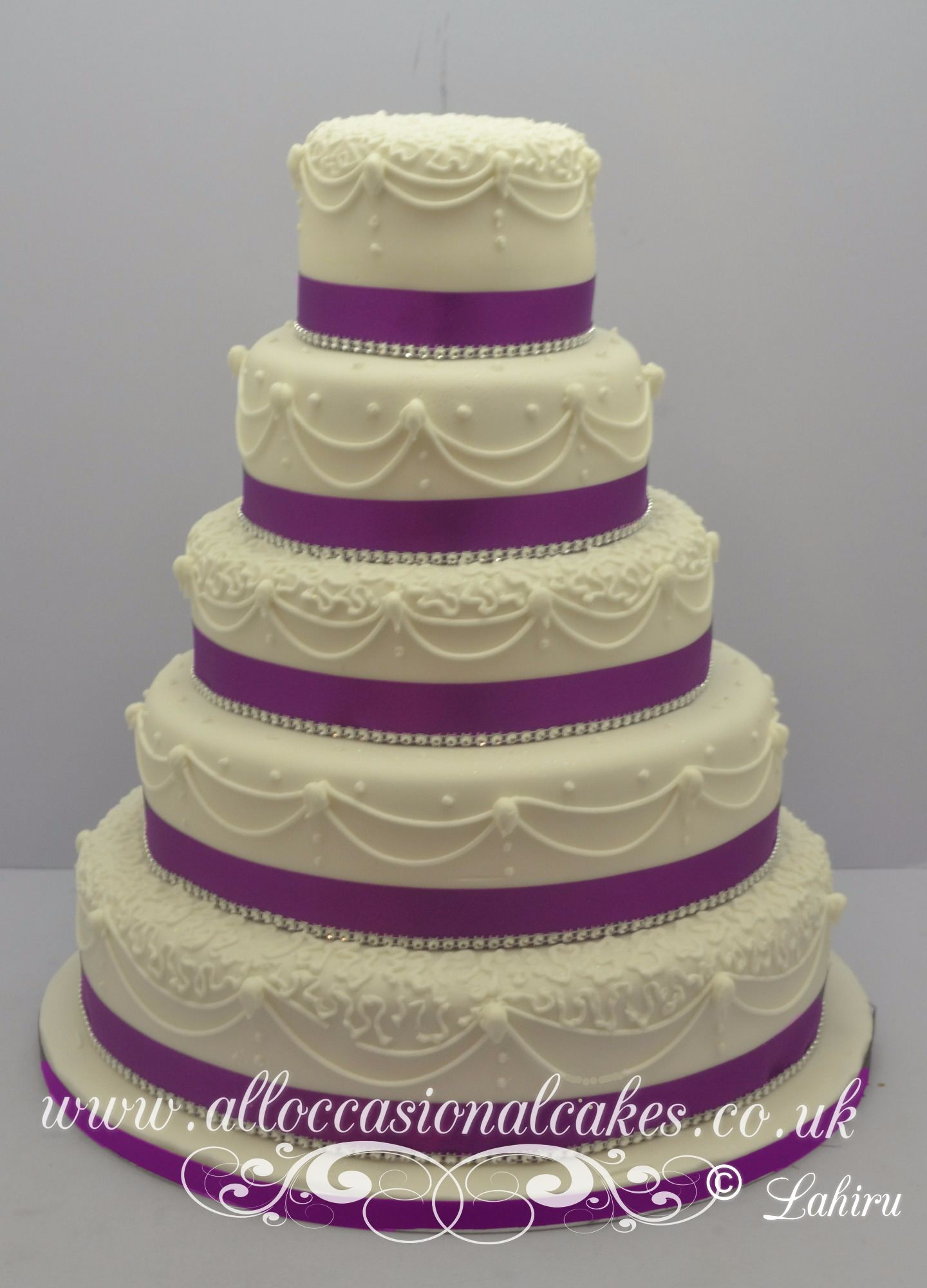 5 tier hand piping wedding cakes