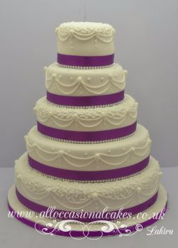 5 tier hand piping wedding cake