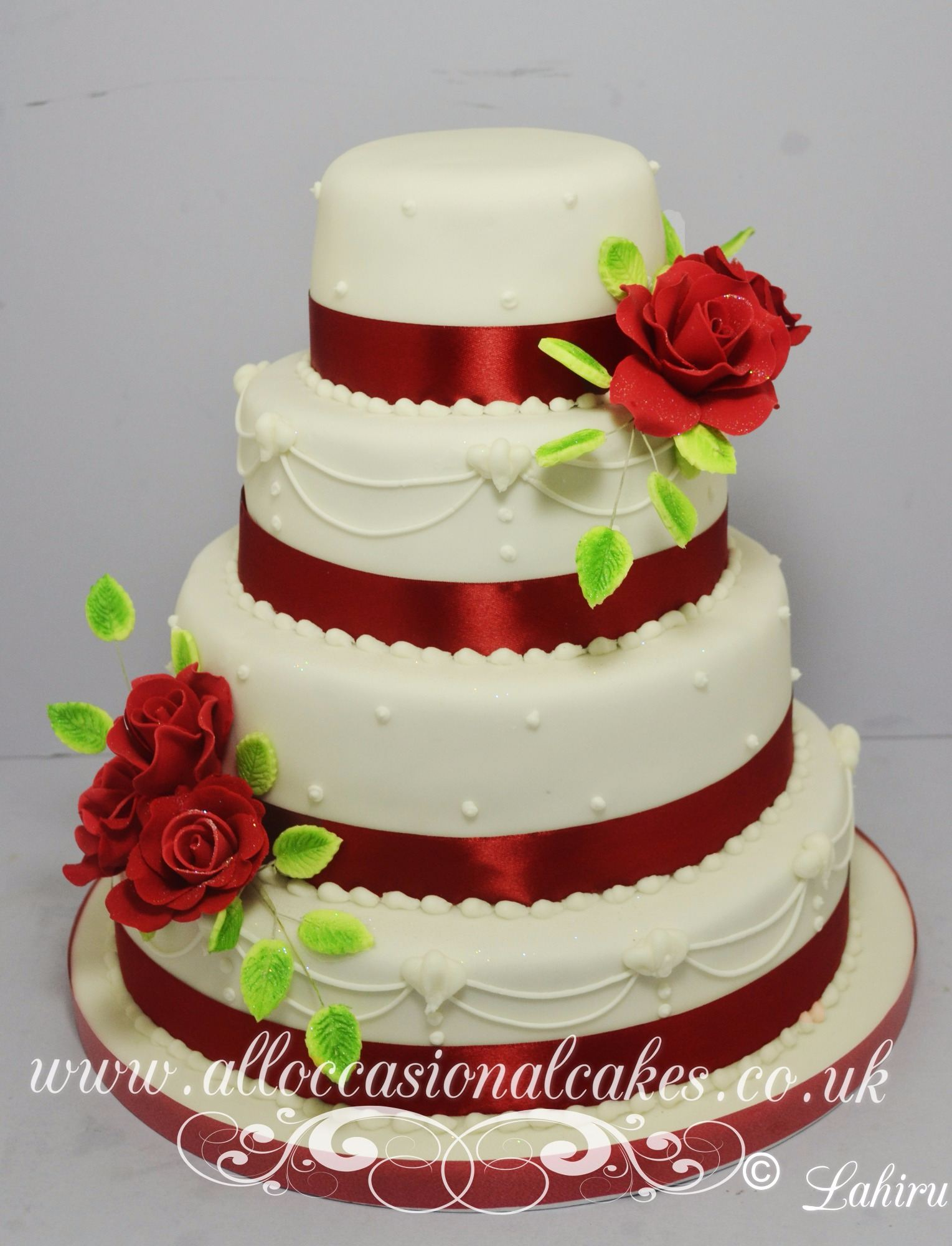 Ruby rose with piping sophisticated wedding cake Bristol