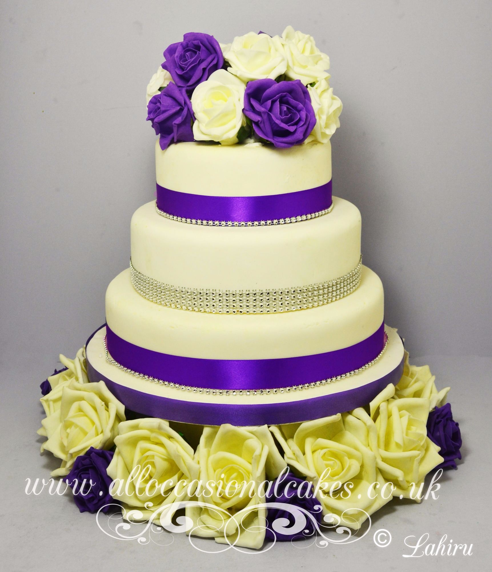 silk rose wedding cake