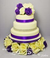 clasic wedding cake 1