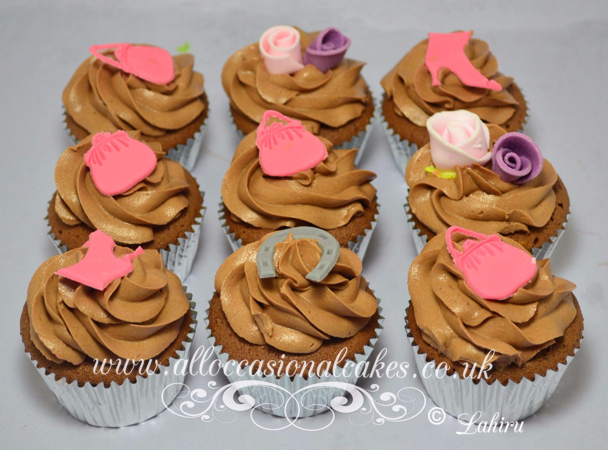 hand bag & shoe cupcake