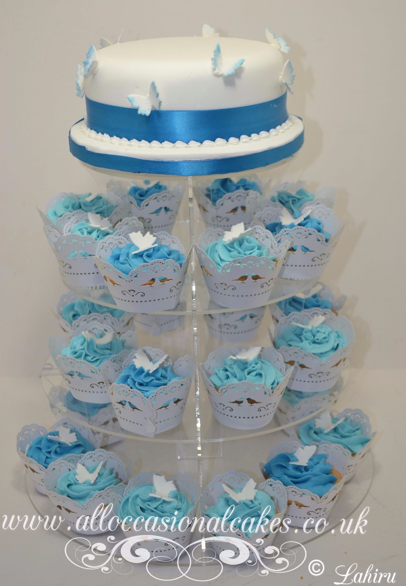 blue butterfly cupcake