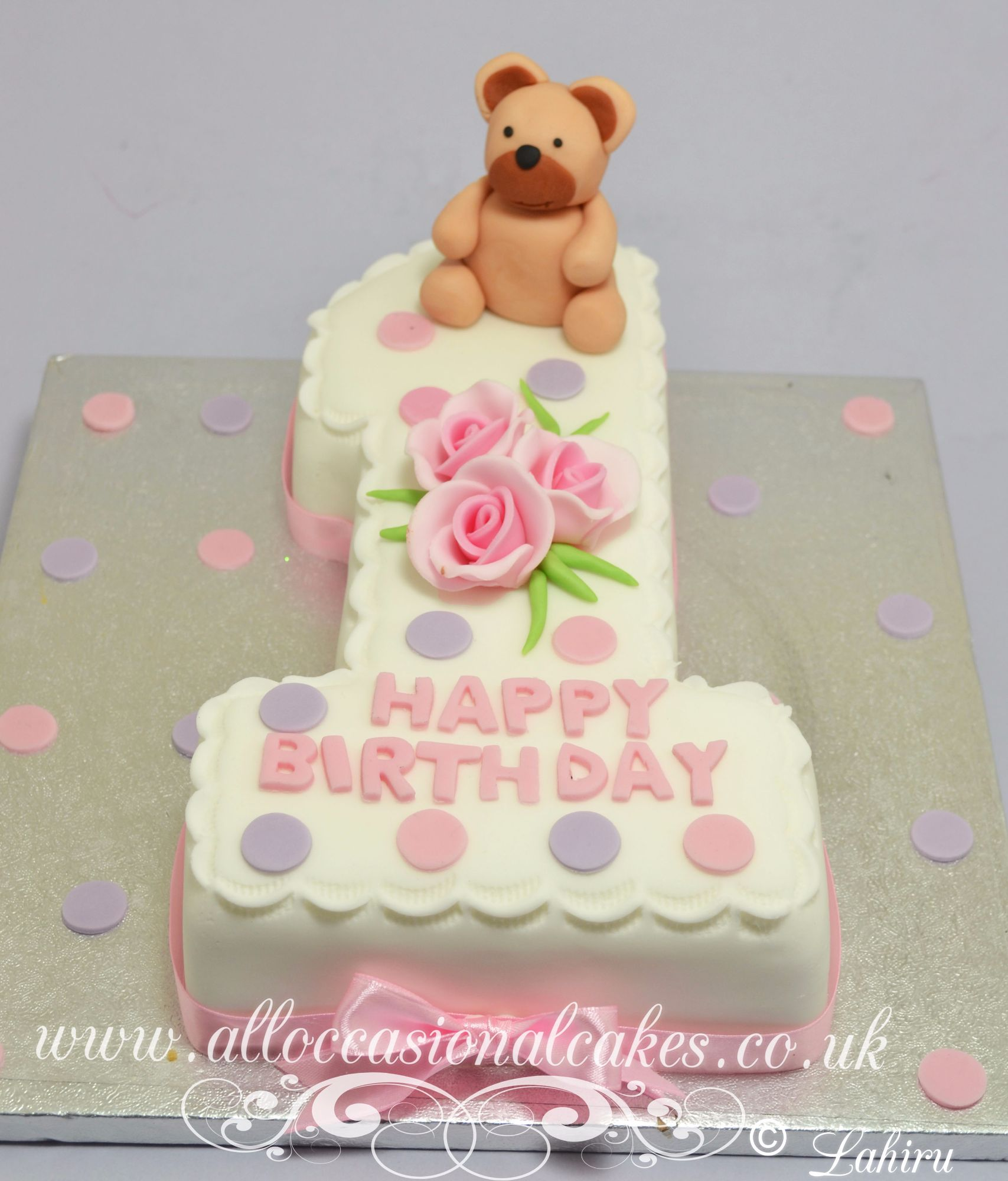 teddy with roses  figure one cake