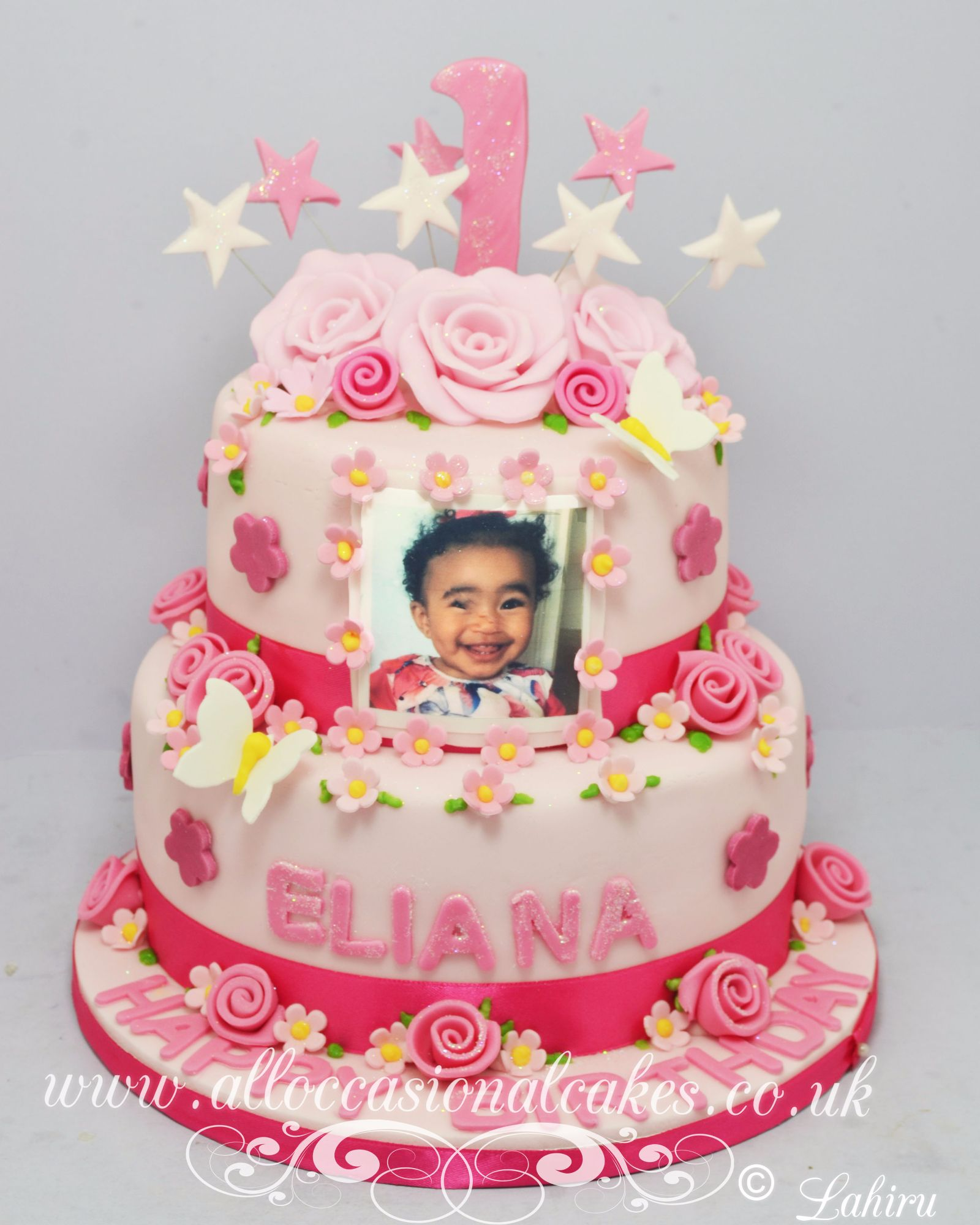 baby's photo on the birthday cake
