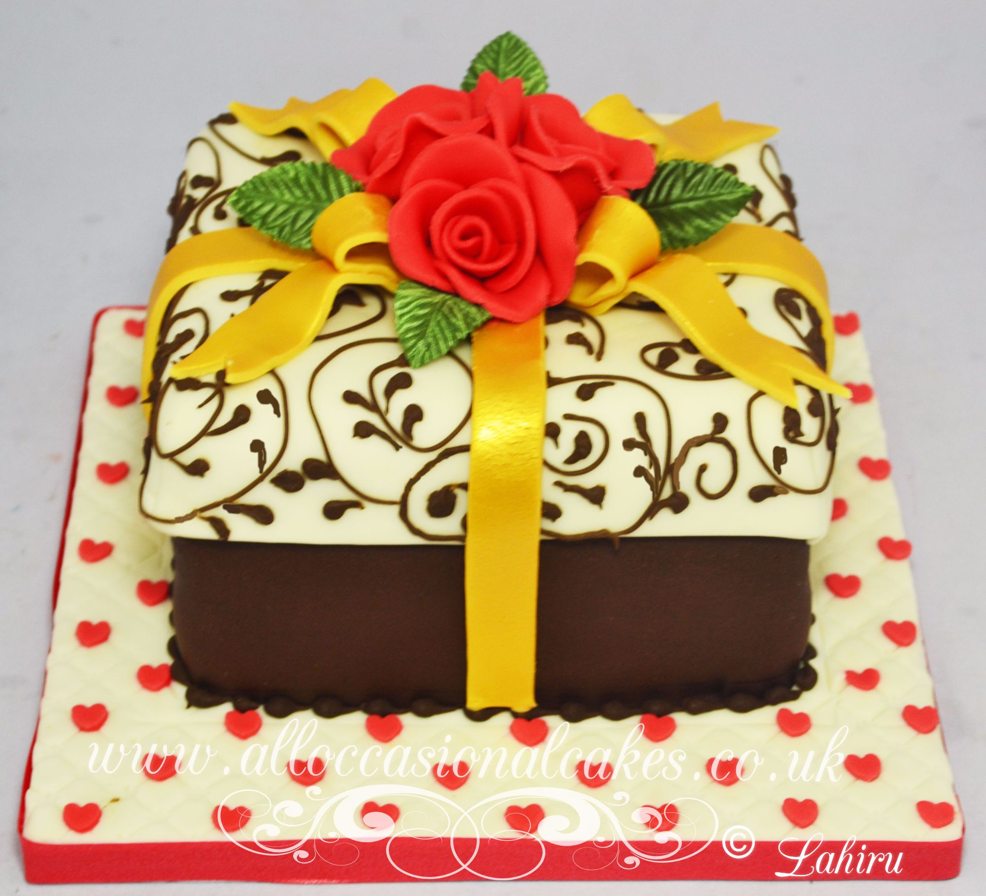 parcel birthday cake for women