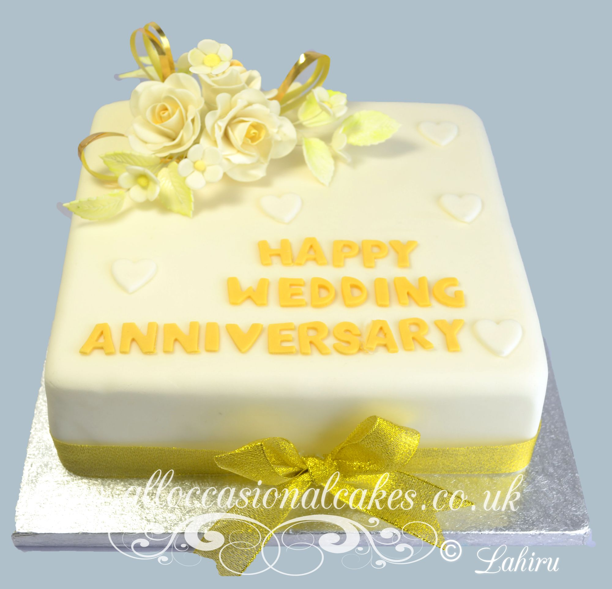 golden wedding anniversary cakes