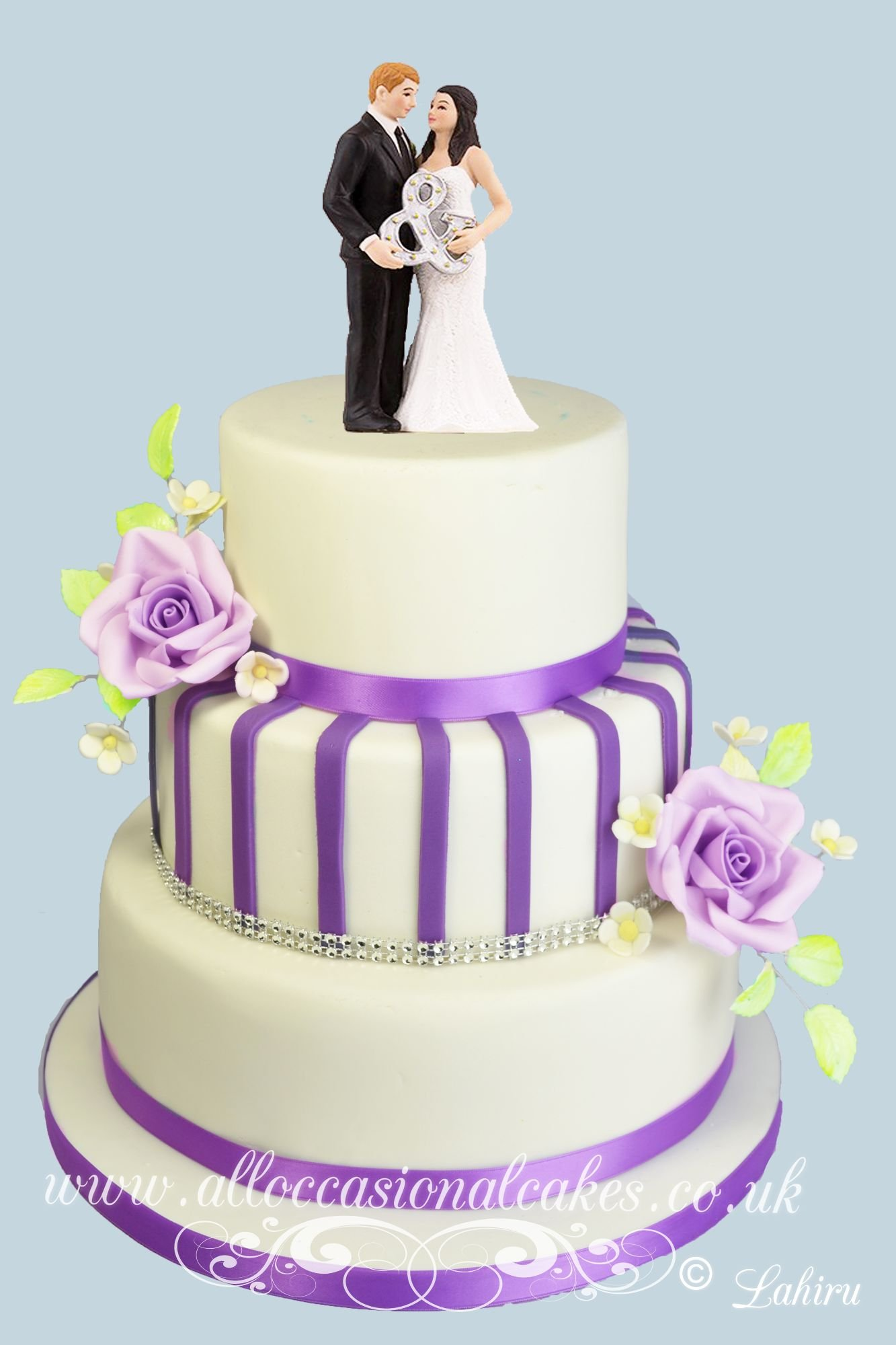 You & Me wedd elegant wedding cake Bristol