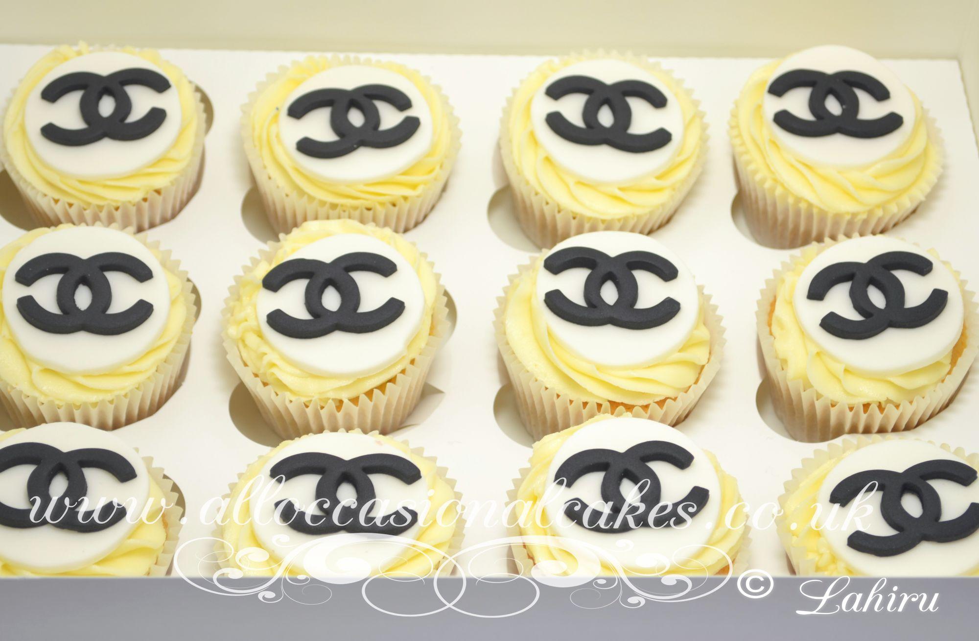 chanel logo cupcakes