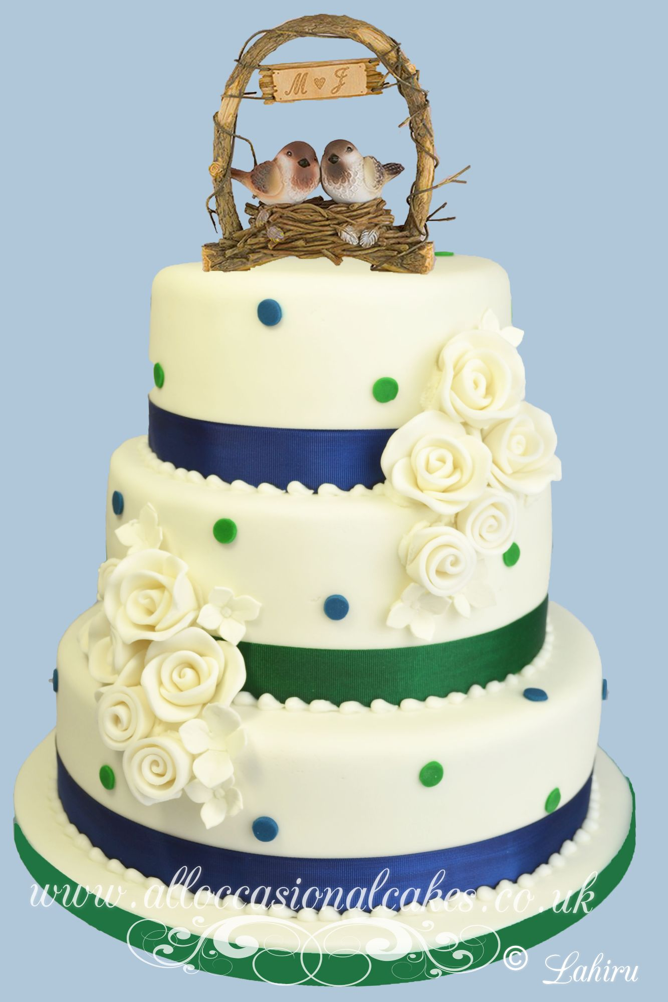 A love nest wedding cake