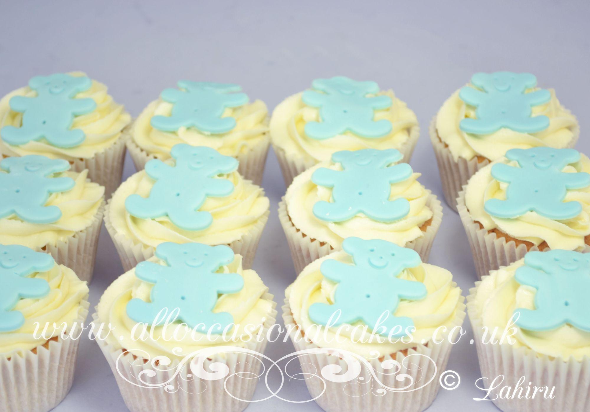 blue teddy cupcakes