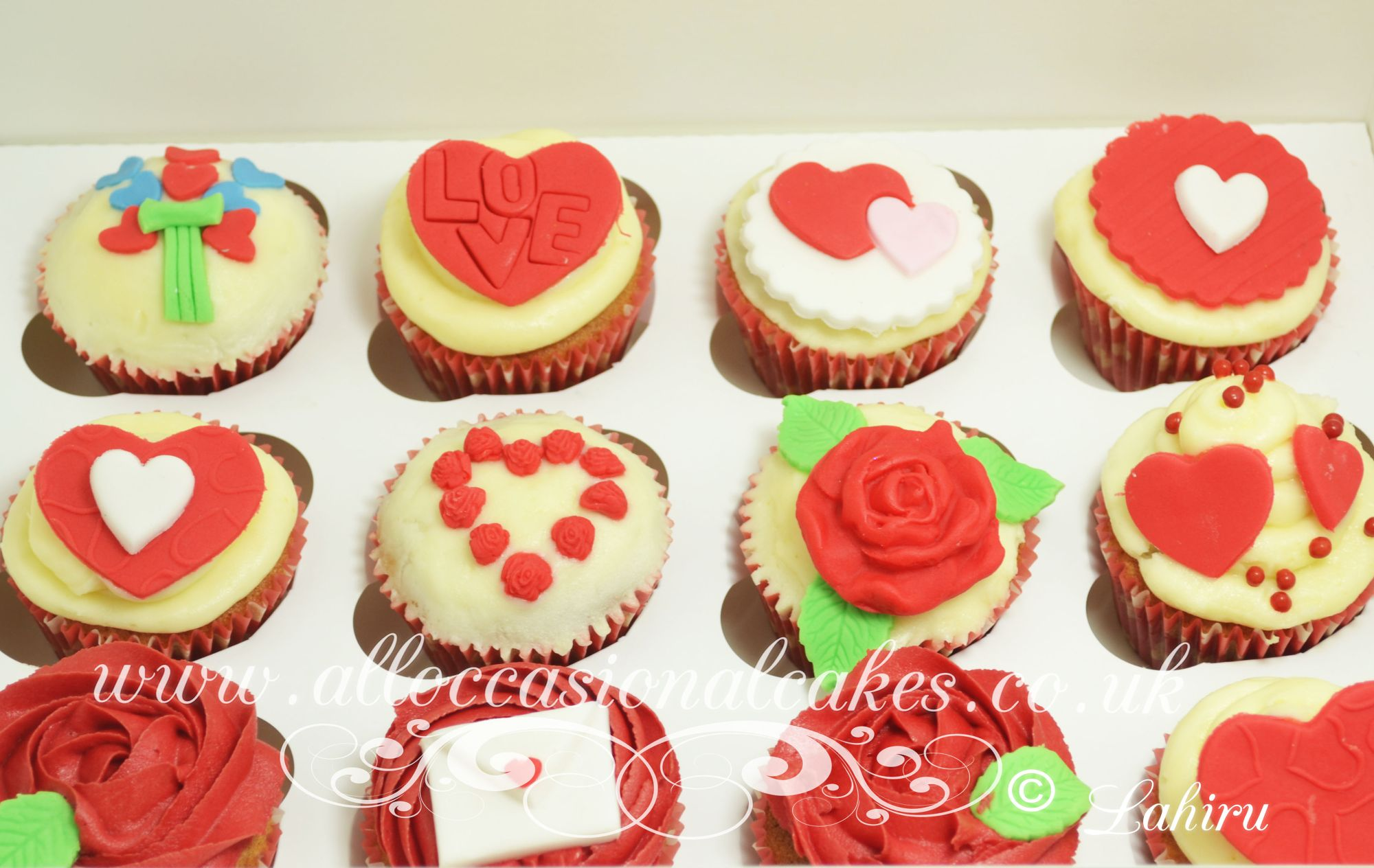 red hart cupcake