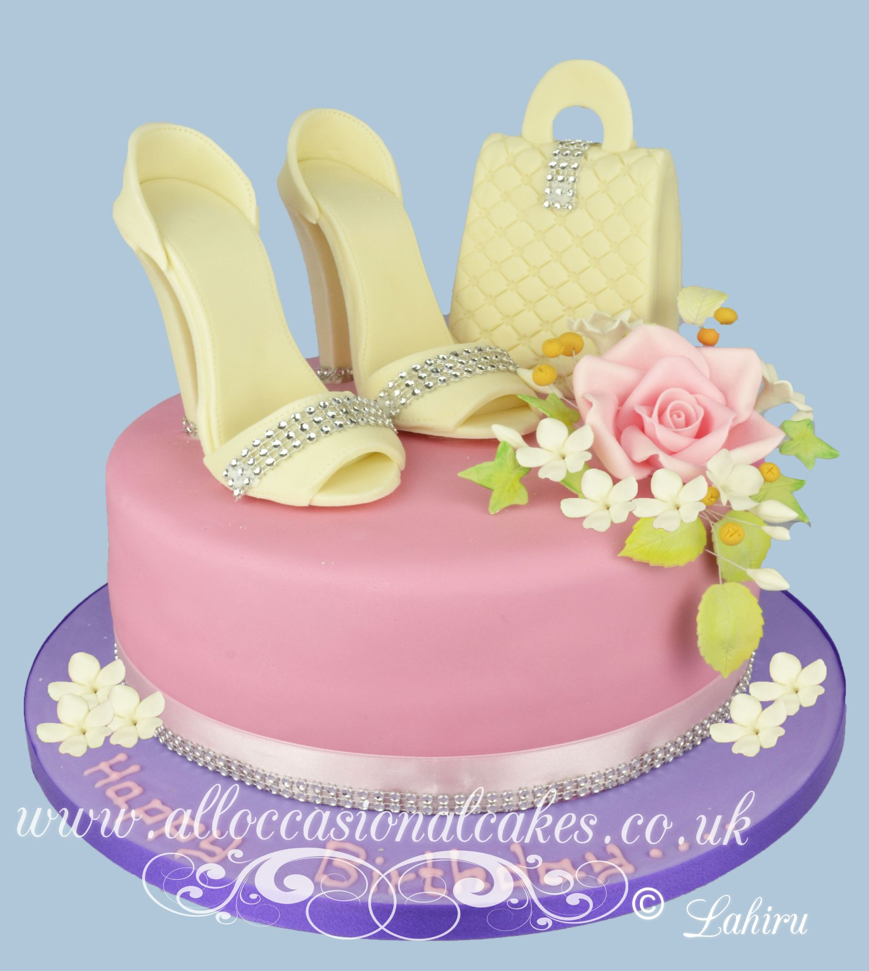 cream high heels handbag with a flower bunch cake