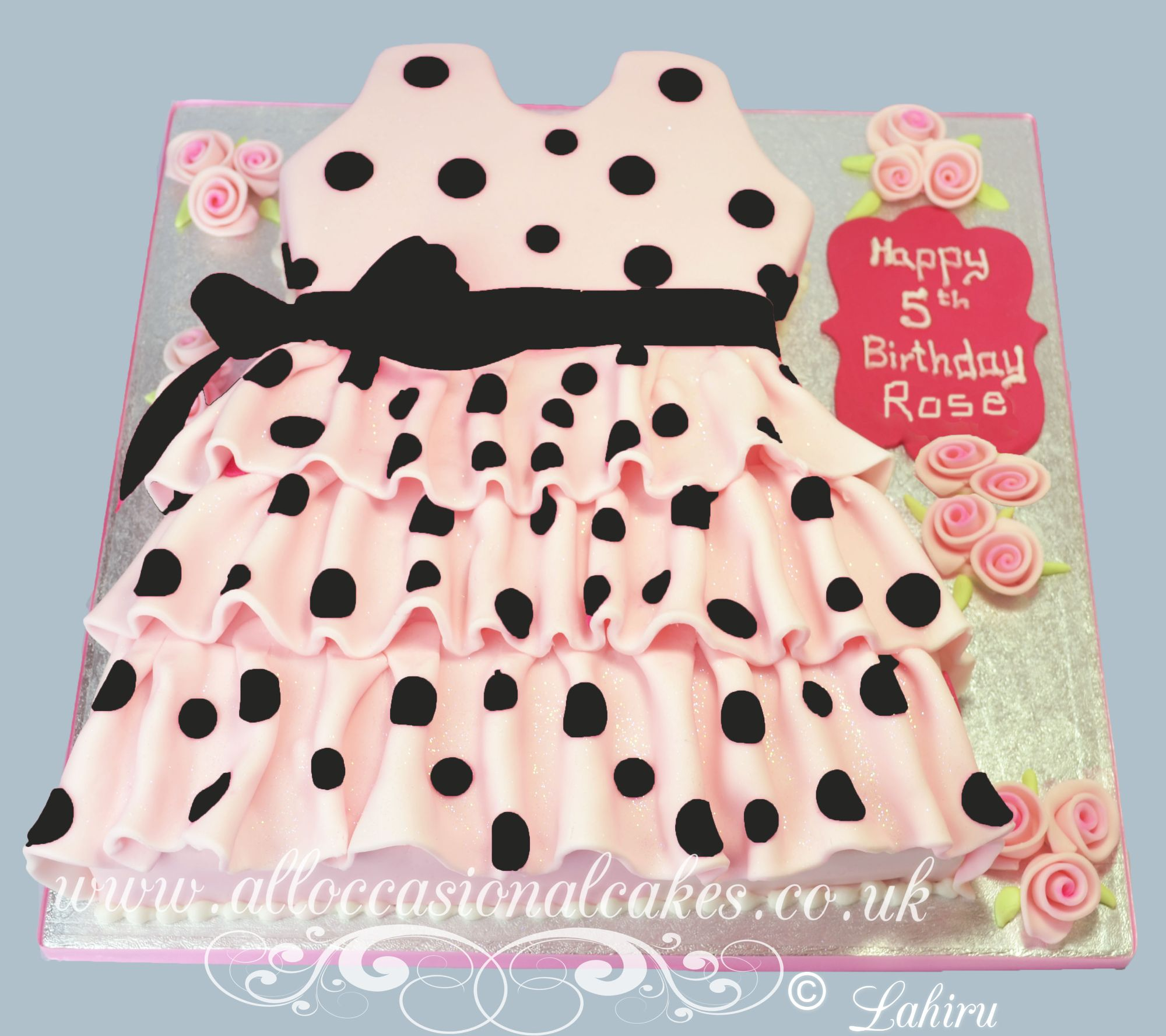 party dress themed  cake