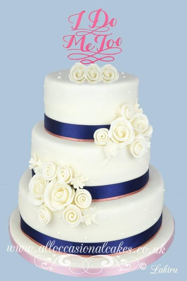 rose gold ribbon wedding cake