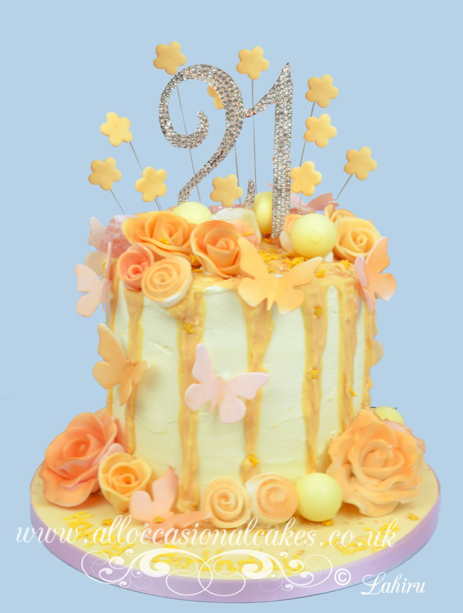rose gold dripping cake