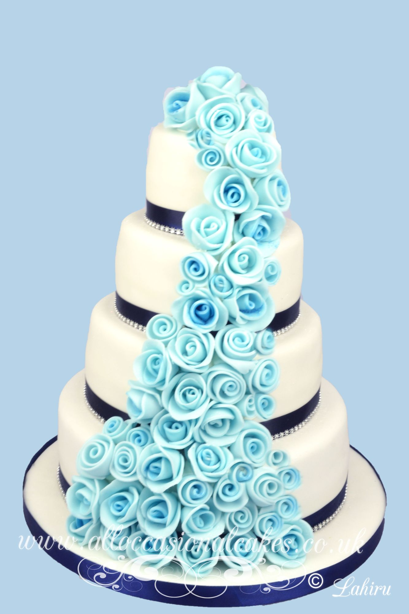 blue shade wedding cake