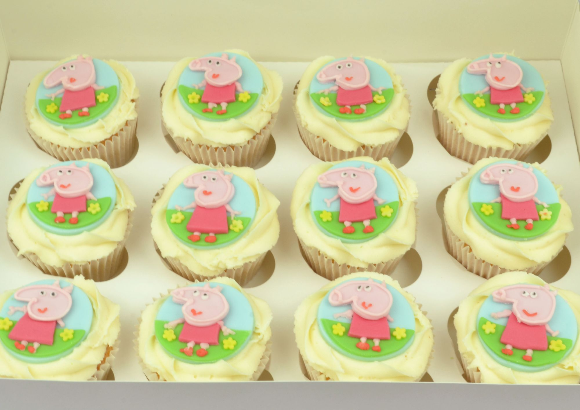 peppa pig themed cupcakes