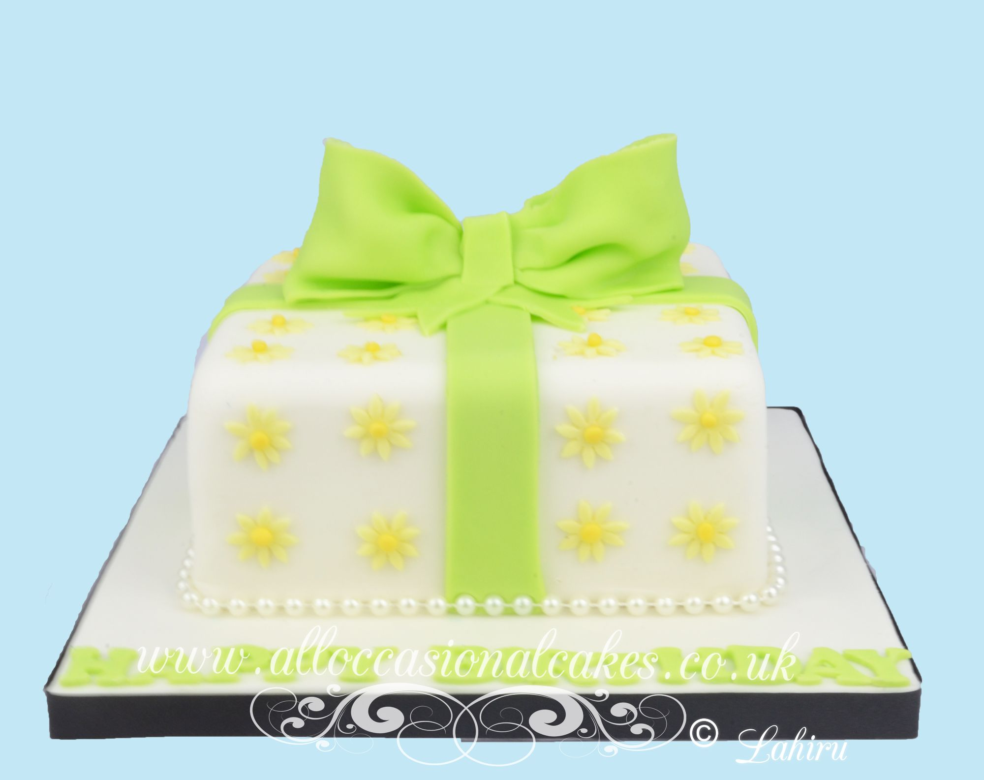 lime green parcel cake