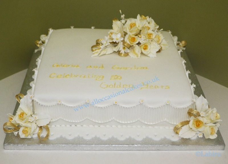 Unique Anniversary Cake Design : golden wedding anniversary cake