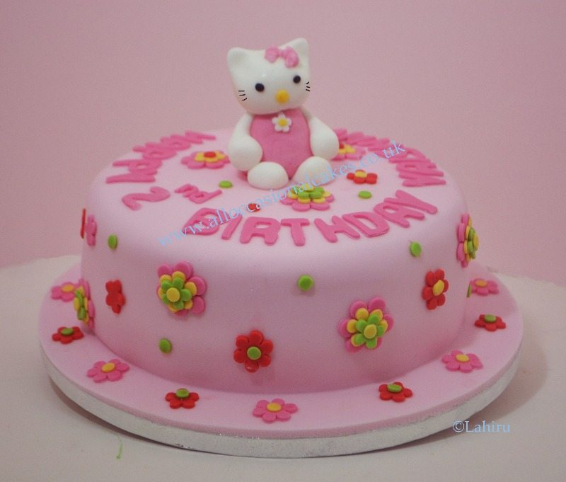 hello kitty them birthday cake