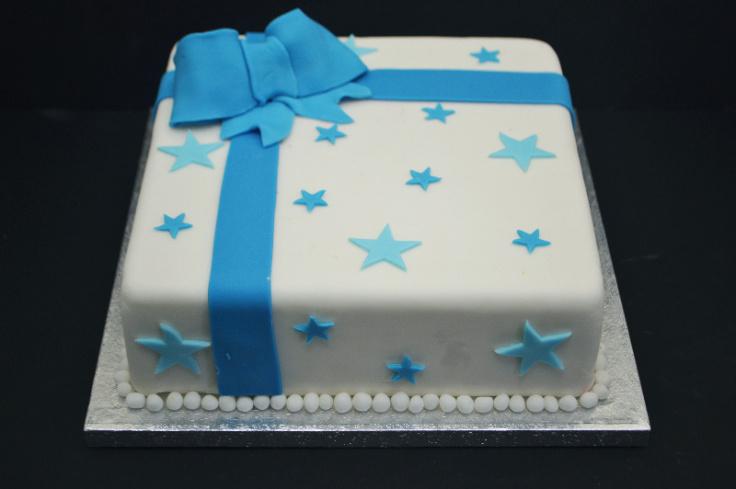 blue stear parcel cake