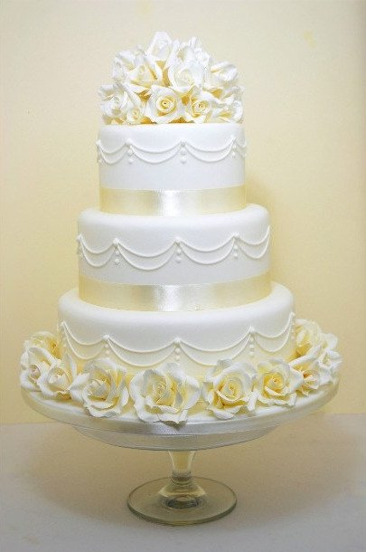two tier wedding cake cost wedding cake prices and information cakes for all 21353