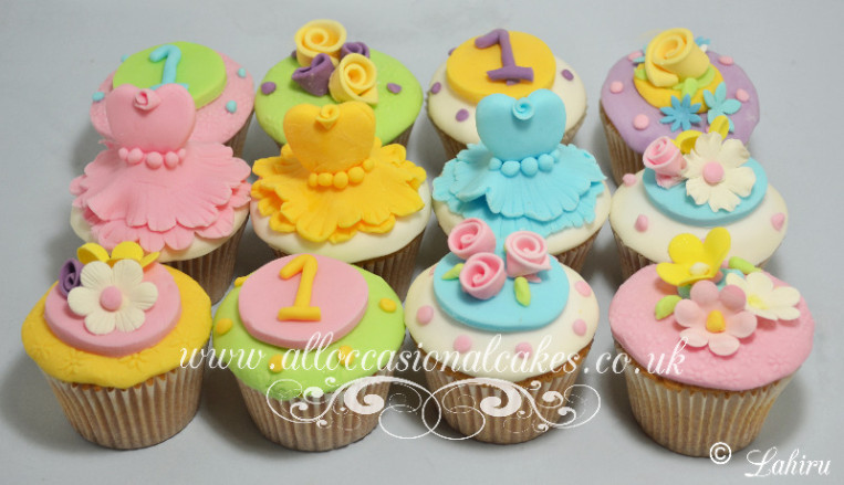 mixed themed cupcakes for girls