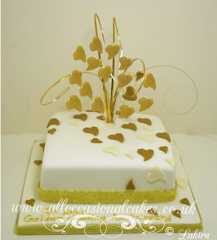 gold heart wedding anniversary cake