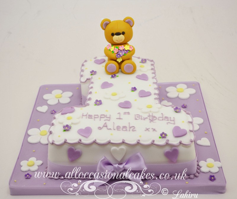 teddy bear themed birthday cake