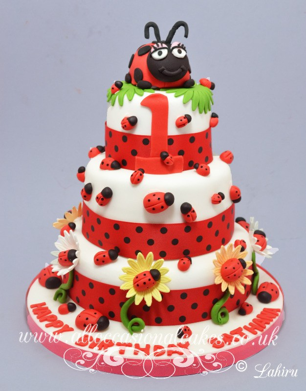 ladybugs  birthday cake