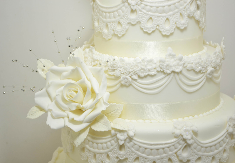 bristol wedding cakes lace wedding cake bristol wedding cakes downend weddng 12155