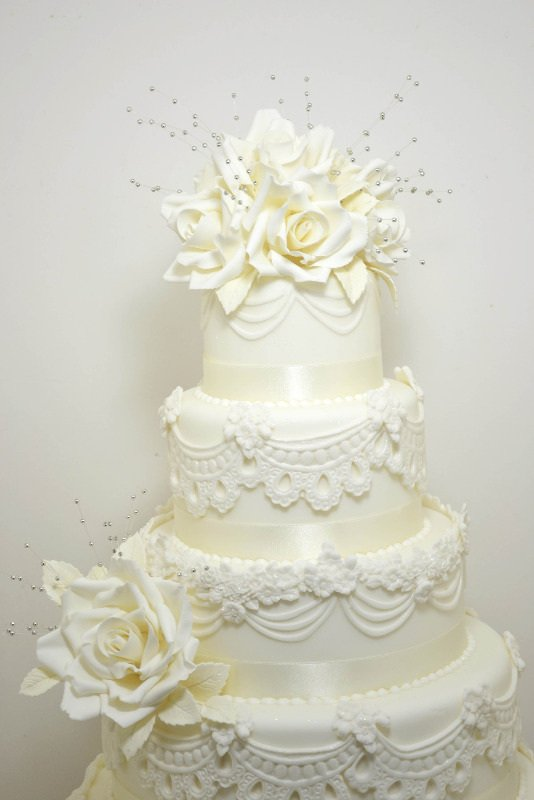 lace wedding cake 2