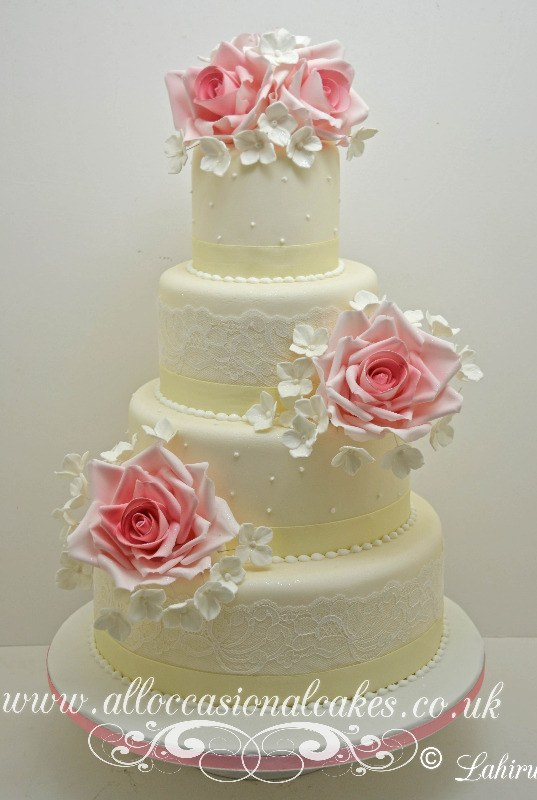 delicate rose wedding cake