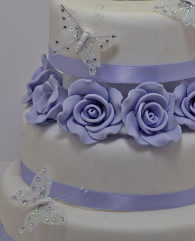 purple rose wedding cake 2