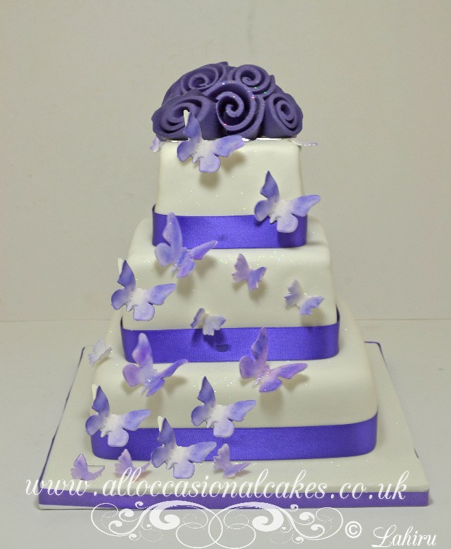 butterfly cascade wedding cak £ 240e