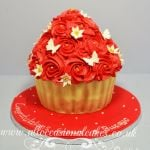 red rose giant cupcake (£ 60 )