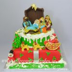 christmas themed cake
