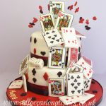 card pack magic tricks cake