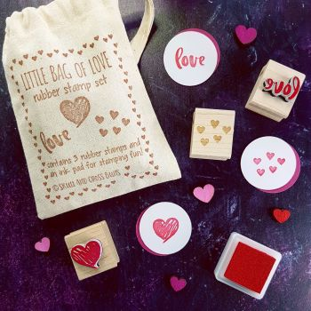 ***NEW FOR 2018*** Little Bag of Love Rubber Stamp Set