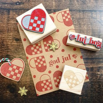 Christmas Scandi Woven Heart Large Rubber Stamp