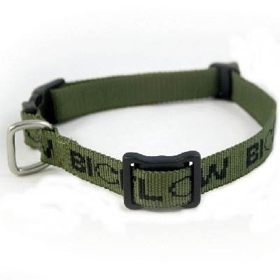 Magnotherapy dog collars for aches, pains and stiffness