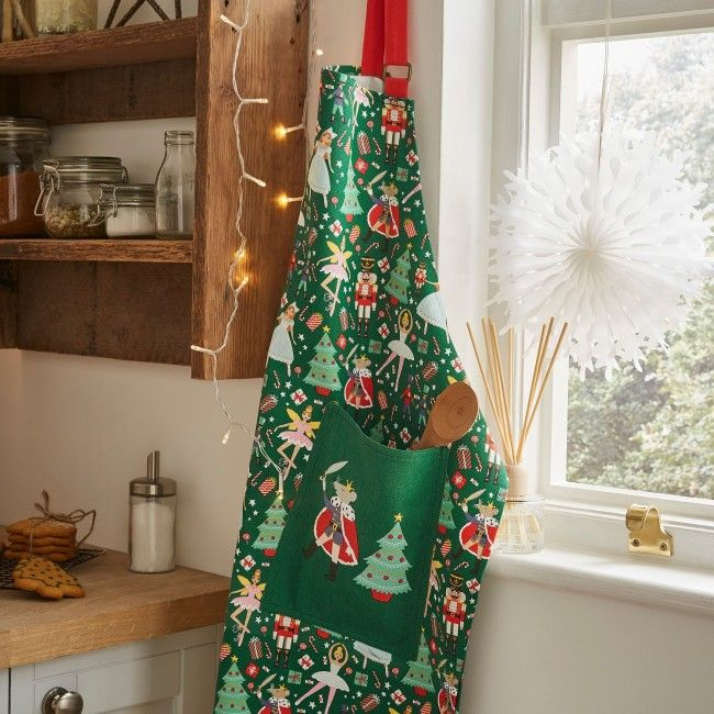 ULSTER WEAVERS ~ NUTCRACKER ~ COTTON APRON