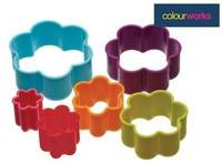 Colour Works - Brightly Coloured Flower Cookie Cutters (colours may vary)