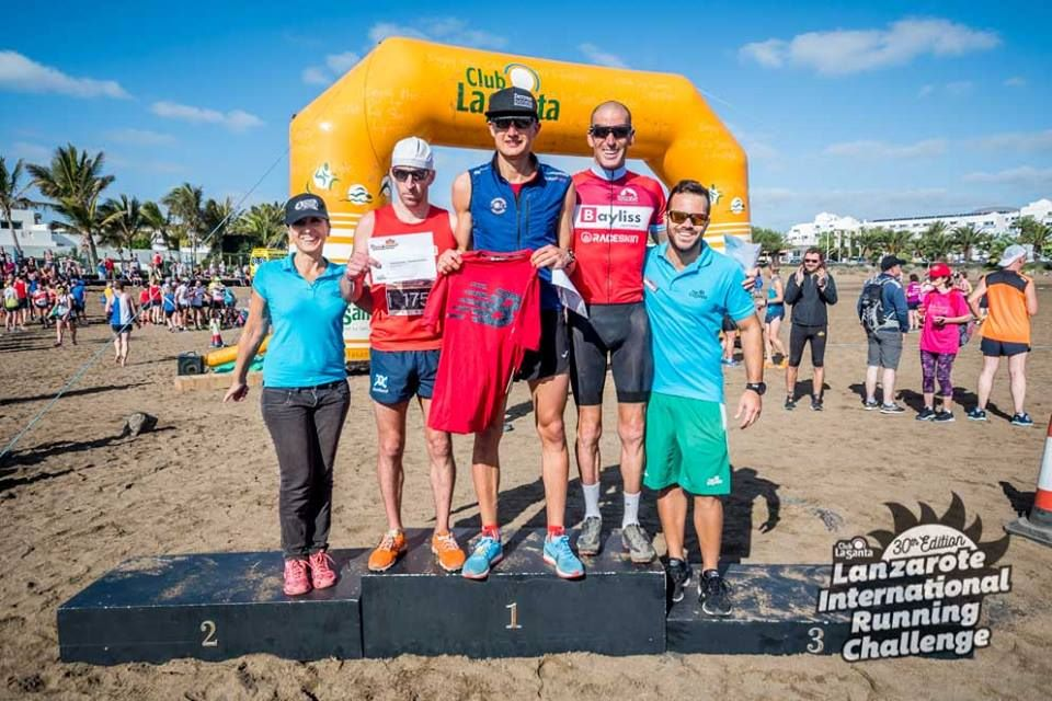 Beach race podium (002)