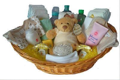 Baby gift basket, baby gift hamper, baby hamper Ireland, neutral ...